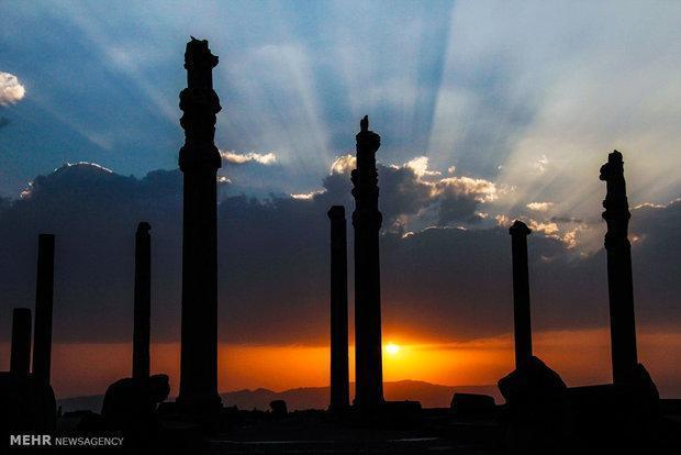 3 هزار اثر ملی از شیراز شهر نمونه گردشگری اسلامی نساخت