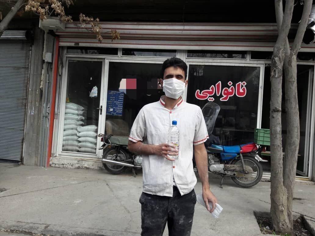 خبرنگاران الزام نانوایی های بناب به استفاده از دستکش و ماسک