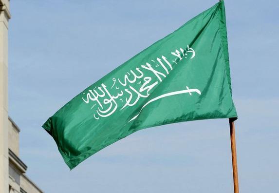 وزیر انرژی عربستان: ما و روسیه عضو یک خانواده هستیم