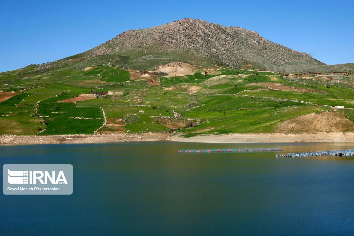 خبرنگاران شرایط آبی سد زیویه کردستان