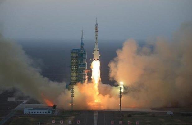 نخستین فضاپیمای چندبارمصرف چین به فضا رفت