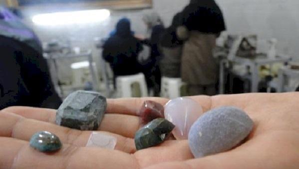 راه اندازی نخستین کارگاه تراش سنگ های قیمتی در خوی