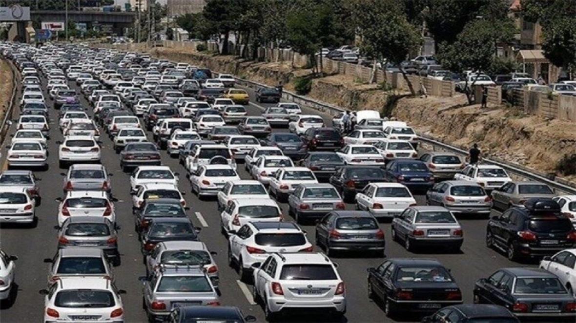 خبرنگاران ترافیک در ورودی و خروجی های مشهد پُرحجم است