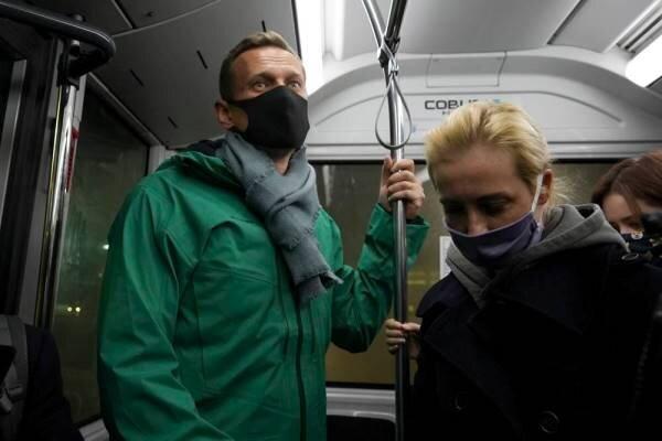 پلیس روسیه الکسی ناوالنی را بازداشت کرد