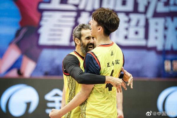 کام بک یاران سعید معروف در دور رفت فینال لیگ والیبال چین