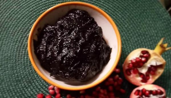 طرز تهیه رب انار خانگی خوشمزه به دو روش قجری و رسمی