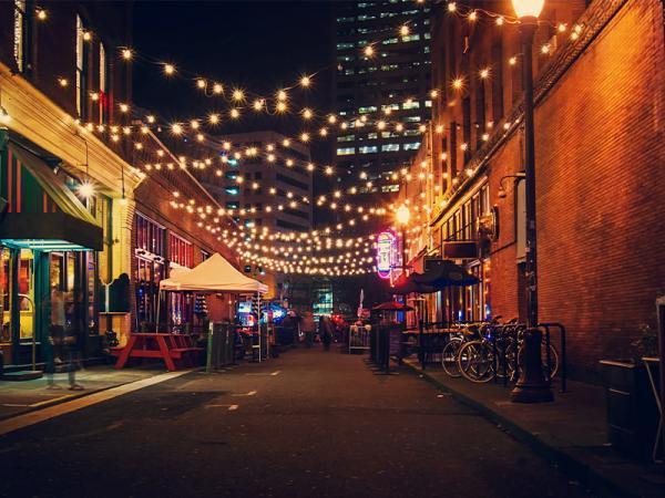 مهیج ترین شهرها برای زندگی شبانه